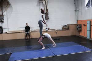 the exploded circus by mimbre cast rehearsals